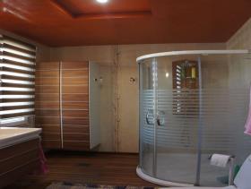 Image No.8-4 Bed Mansion for sale