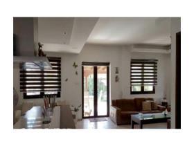Image No.5-Maison / Villa de 6 chambres à vendre à Aradippou