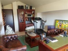 Image No.14-Maison / Villa de 6 chambres à vendre à Aradippou