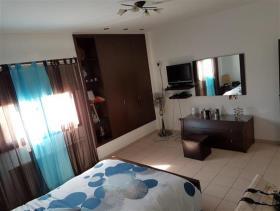 Image No.10-Maison / Villa de 6 chambres à vendre à Aradippou