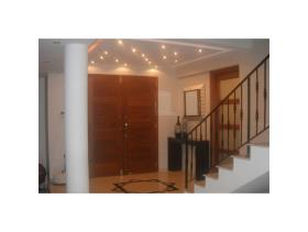 Image No.1-Villa / Détaché de 4 chambres à vendre à Agios Athanasios