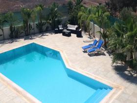 Image No.6-Villa / Détaché de 5 chambres à vendre à Famagusta