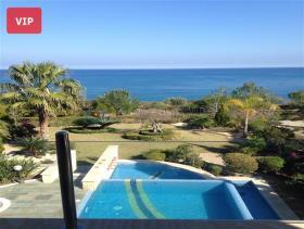 Image No.0-Maison / Villa de 4 chambres à vendre à Lachi