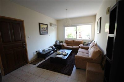 a-cozy-two-bedroom-villa-in-paphos-is-for-sale_full_5