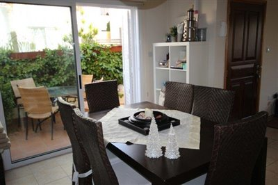 a-cozy-two-bedroom-villa-in-paphos-is-for-sale_full_6