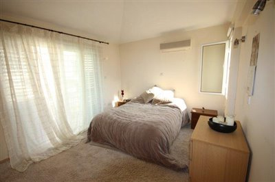 a-cozy-two-bedroom-villa-in-paphos-is-for-sale_full_11