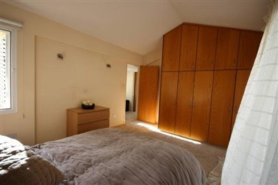 a-cozy-two-bedroom-villa-in-paphos-is-for-sale_full_12