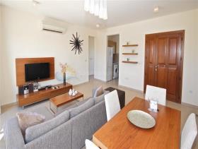 Image No.5-Appartement de 2 chambres à vendre à Aphrodite Hills