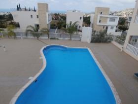 Image No.2-Appartement de 2 chambres à vendre à Peyia