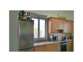 Image No.2-Appartement de 1 chambre à vendre à Oroklini