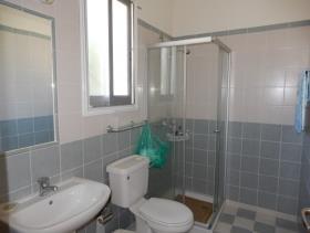 Image No.11-Maison de ville de 3 chambres à vendre à Peyia