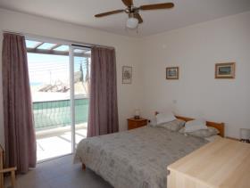 Image No.7-Maison de ville de 3 chambres à vendre à Peyia