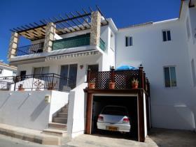 Image No.17-Maison de ville de 3 chambres à vendre à Peyia