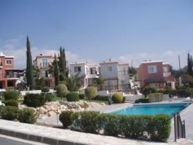 Image No.0-Maison / Villa de 2 chambres à vendre à Peyia