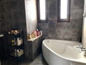 Image No.3-Maison / Villa de 4 chambres à vendre à Limassol