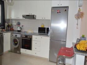 Image No.3-Maison de ville de 2 chambres à vendre à Peyia