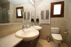 Image No.17-Villa / Détaché de 6 chambres à vendre à Aphrodite Hills