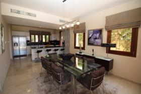 Image No.8-Villa / Détaché de 6 chambres à vendre à Aphrodite Hills