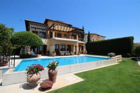 Image No.1-Villa / Détaché de 6 chambres à vendre à Aphrodite Hills