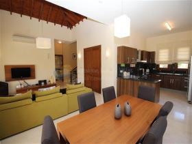 Image No.2-Villa / Détaché de 3 chambres à vendre à Aphrodite Hills