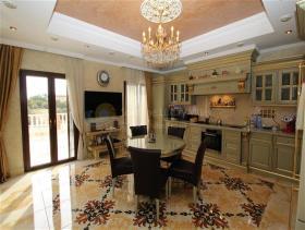 Image No.2-Villa de 6 chambres à vendre à Aphrodite Hills