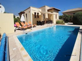 Image No.0-Maison / Villa de 2 chambres à vendre à Aphrodite Hills