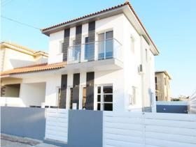 Image No.0-Villa de 3 chambres à vendre à Xylofagou