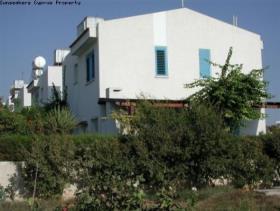 Image No.0-Maison / Villa de 3 chambres à vendre à Chlorakas