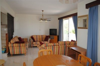 town-house-for-sale-in-coral-bay_full_18