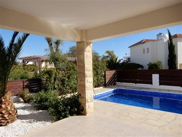 a-fabulous-three-bedroom-villa-in-coral-bay-is-for-sale_full_13