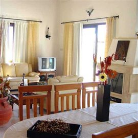 fully-furnished-bungalow-in-coral-bay_full_19