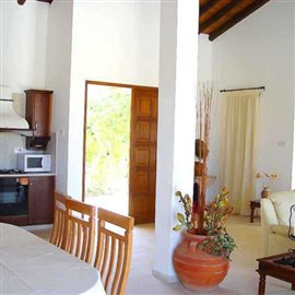 fully-furnished-bungalow-in-coral-bay_full_20
