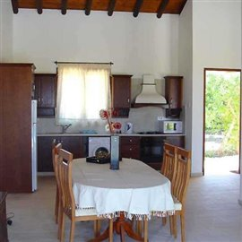 fully-furnished-bungalow-in-coral-bay_full_21