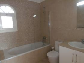 Image No.11-Villa de 4 chambres à vendre à Coral Bay