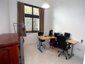 Image No.9-Villa / Détaché de 6 chambres à vendre à Tala