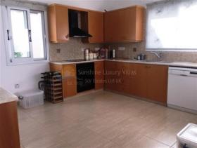 Image No.4-Maison de 3 chambres à vendre à Konia