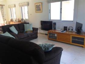 Image No.5-Maison de 3 chambres à vendre à Konia
