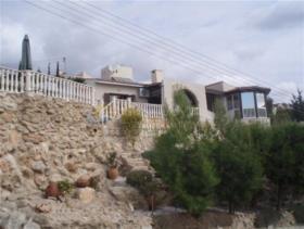 Image No.0-Bungalow de 3 chambres à vendre à Paphos
