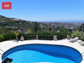 Image No.0-Villa de 4 chambres à vendre à Paphos