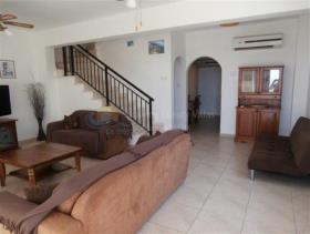 Image No.3-Villa de 3 chambres à vendre à Sea Caves
