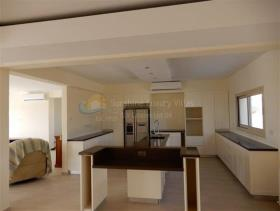 Image No.5-Villa de 3 chambres à vendre à Sea Caves