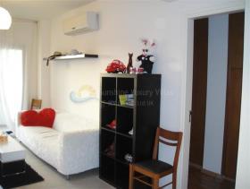 Image No.2-Appartement de 2 chambres à vendre à Limassol