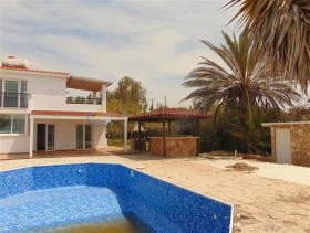 Image No.7-6 Bed Villa for sale