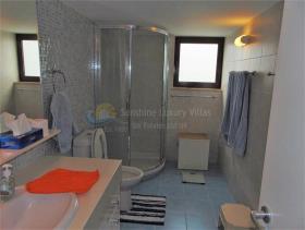 Image No.12-Villa de 3 chambres à vendre à Coral Bay