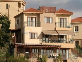 Image No.0-Villa de 4 chambres à vendre à Germasogeia