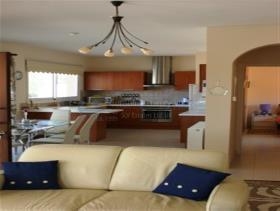 Image No.4-Maison / Villa de 4 chambres à vendre à Pissouri