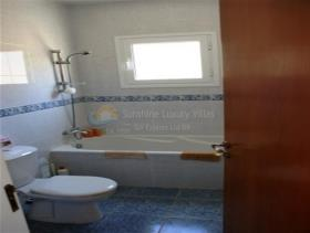 Image No.5-Maison / Villa de 4 chambres à vendre à Pissouri