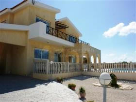Image No.8-Maison / Villa de 4 chambres à vendre à Pissouri