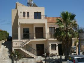 Image No.0-Maison / Villa de 6 chambres à vendre à Pissouri