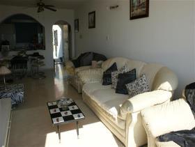 Image No.7-Appartement de 2 chambres à vendre à Pissouri
